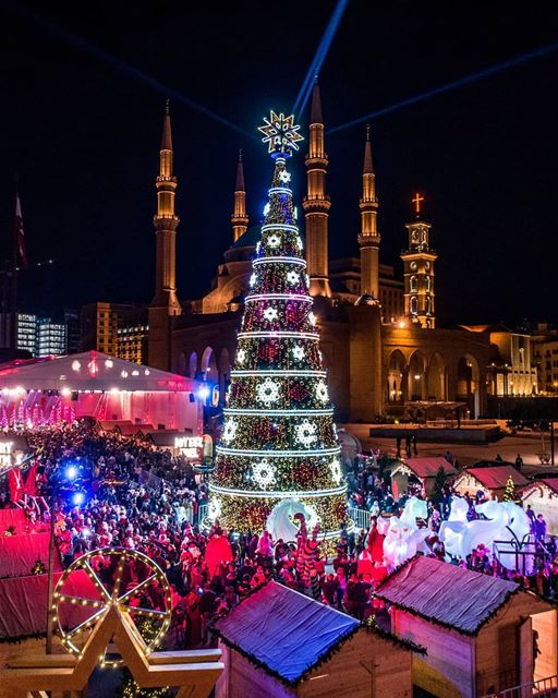 Beirut celebrating the joy of Christmas 🎄🎅... beirut  downtown ... (Downtown Beirut)